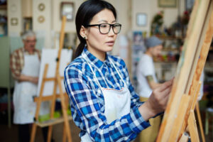 How to Choose the Right Art Medium for You